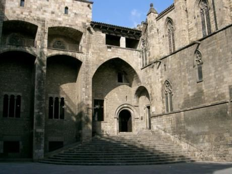 Пам`ятки барселони - старе місто і готичний квартал