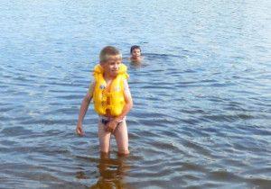 Плавання для дітей: користь, правила, вправи