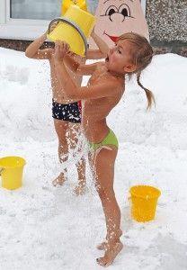 Користь обливання холодною водою